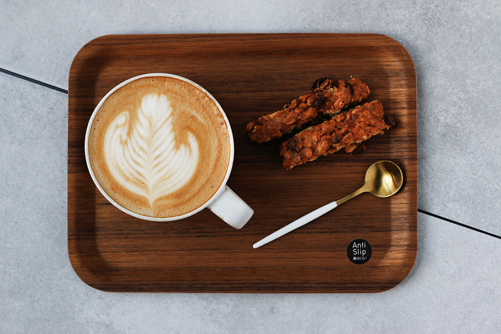 granola-biscotti-with-latte-on-try