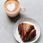 korvapuusti-finnish-cinnamon-cardamon-sweet-roll-with-coffee-latte