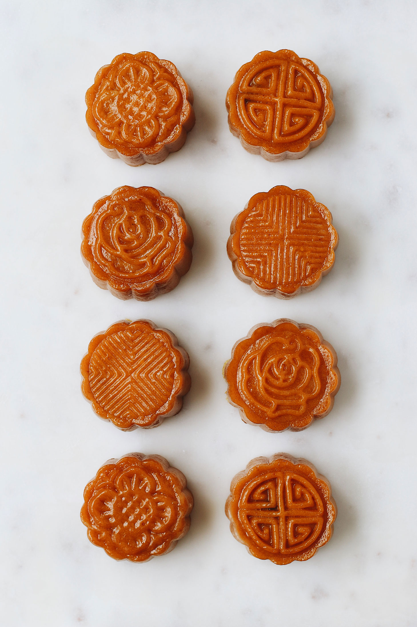 unconventional-pumpkin-&-purple-yam-mooncakes