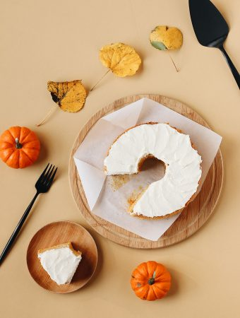 herbakinglab-pumpkin-angel-food-cake-fall