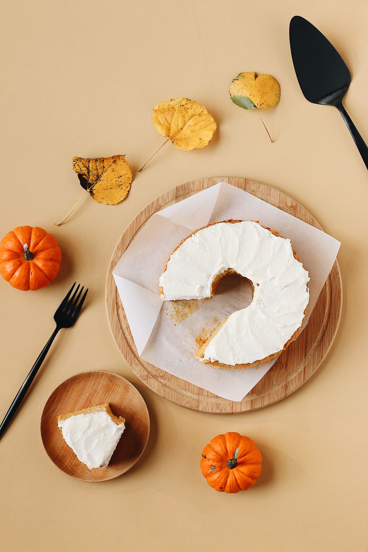 herbakinglab-pumpkin-angel-food-cake-fall