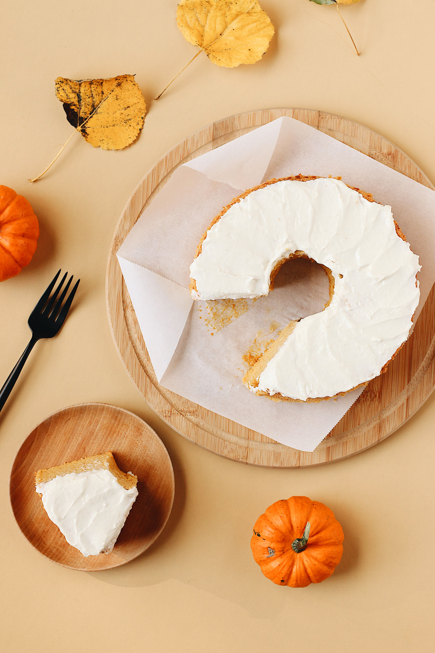 herbakinglab-pumpkin-angel-food-cake