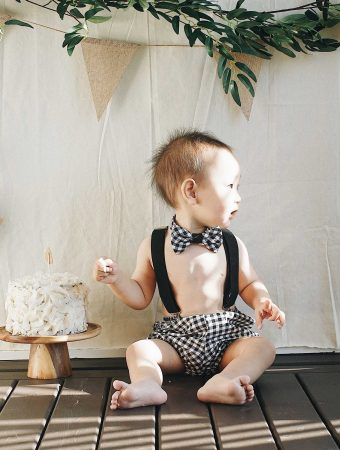 herbakinglab-little-croissant-first-birthday-DIY-cake-smash-photo-1