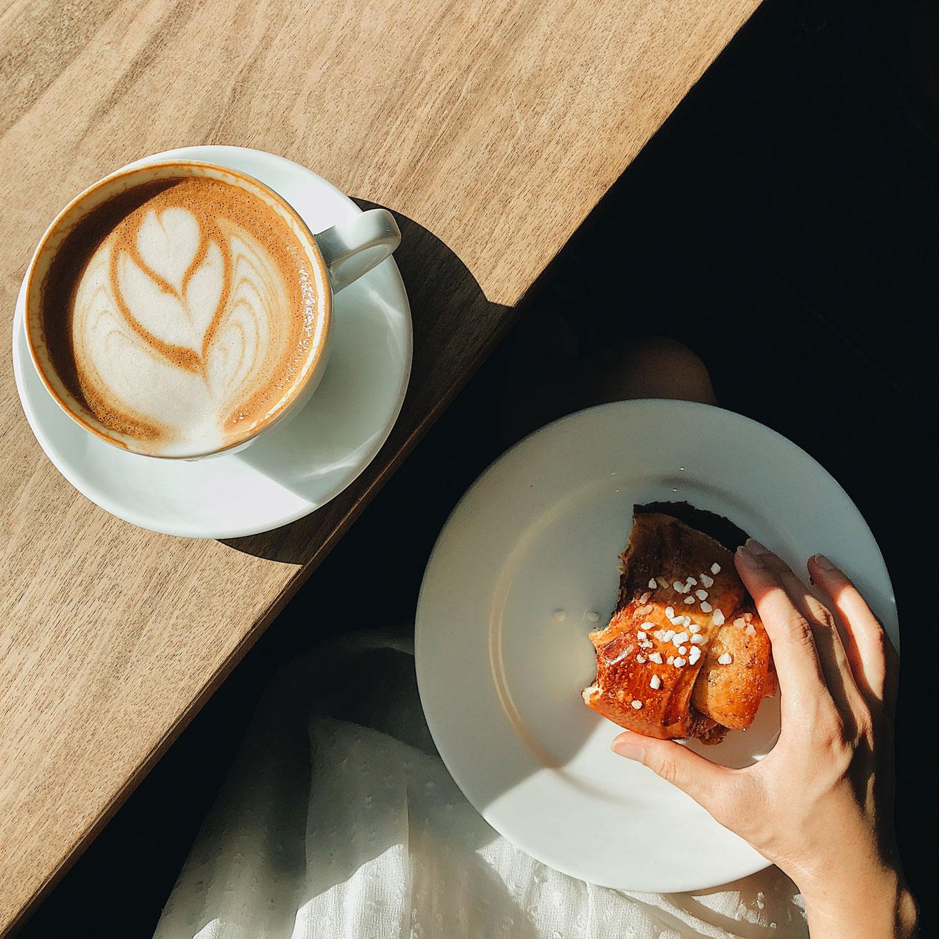 Korvapuusti-Finnish-Cinnamon-Rolls-heart-coffee-roaster-shop-bakery