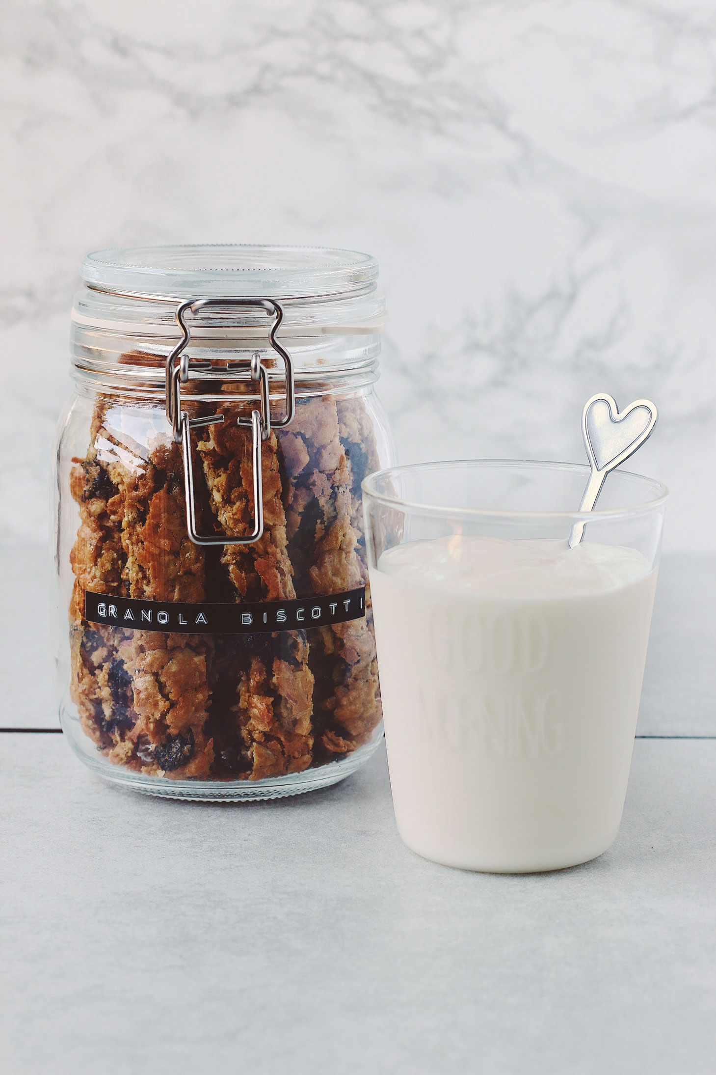 granola-biscotti-breakfast-dip-with-yogurt-morning-small