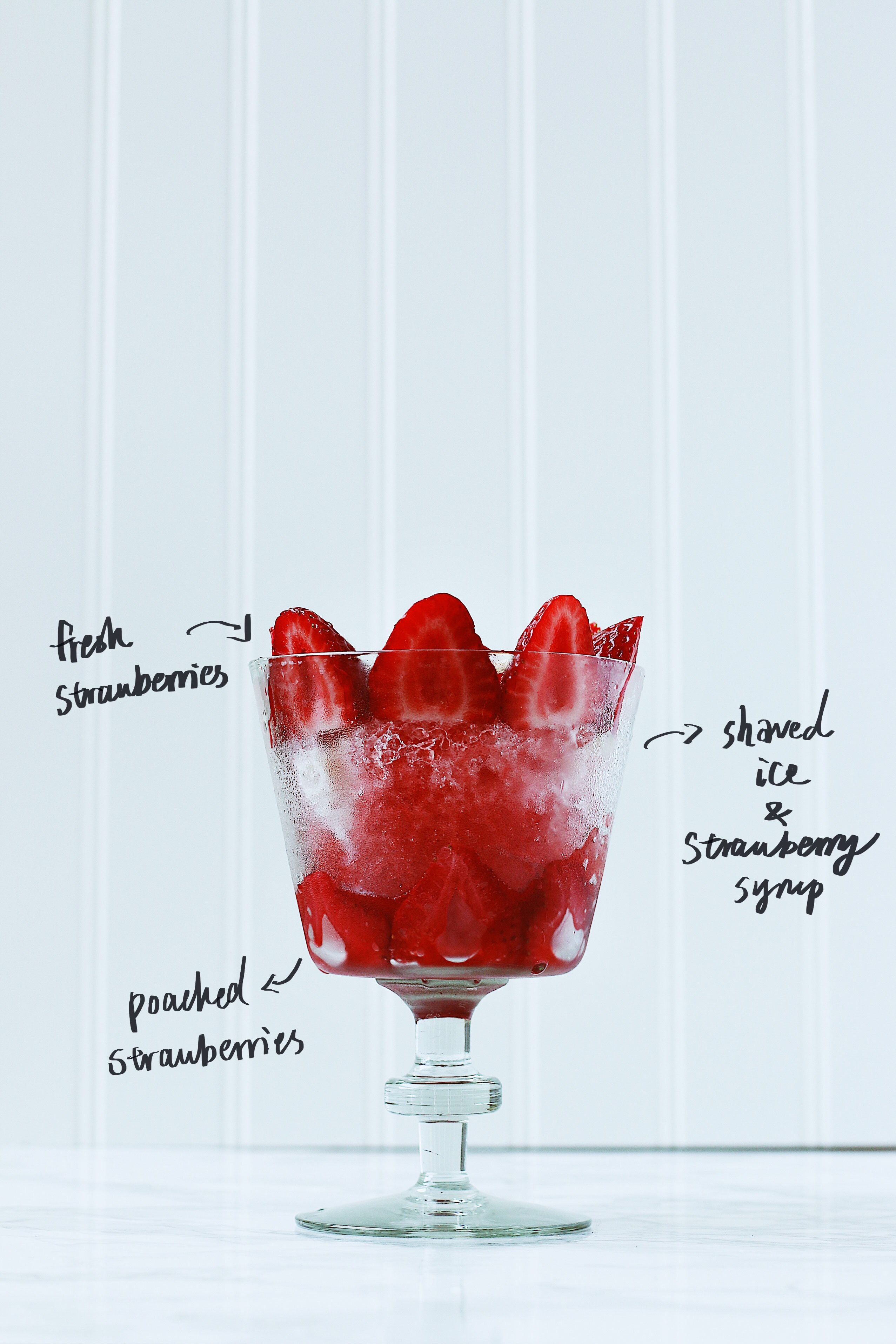 herbakinglab-strawberry-shaved-ice-with-sliced-strawberries1