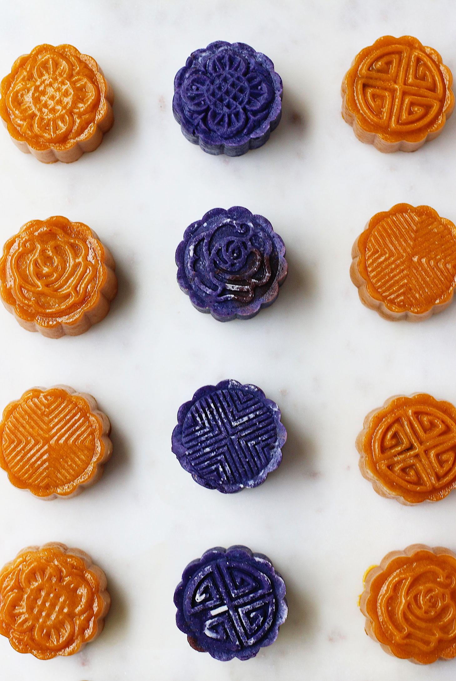 unconventional-pumpkin-&-purple-yam-mooncake-mixed
