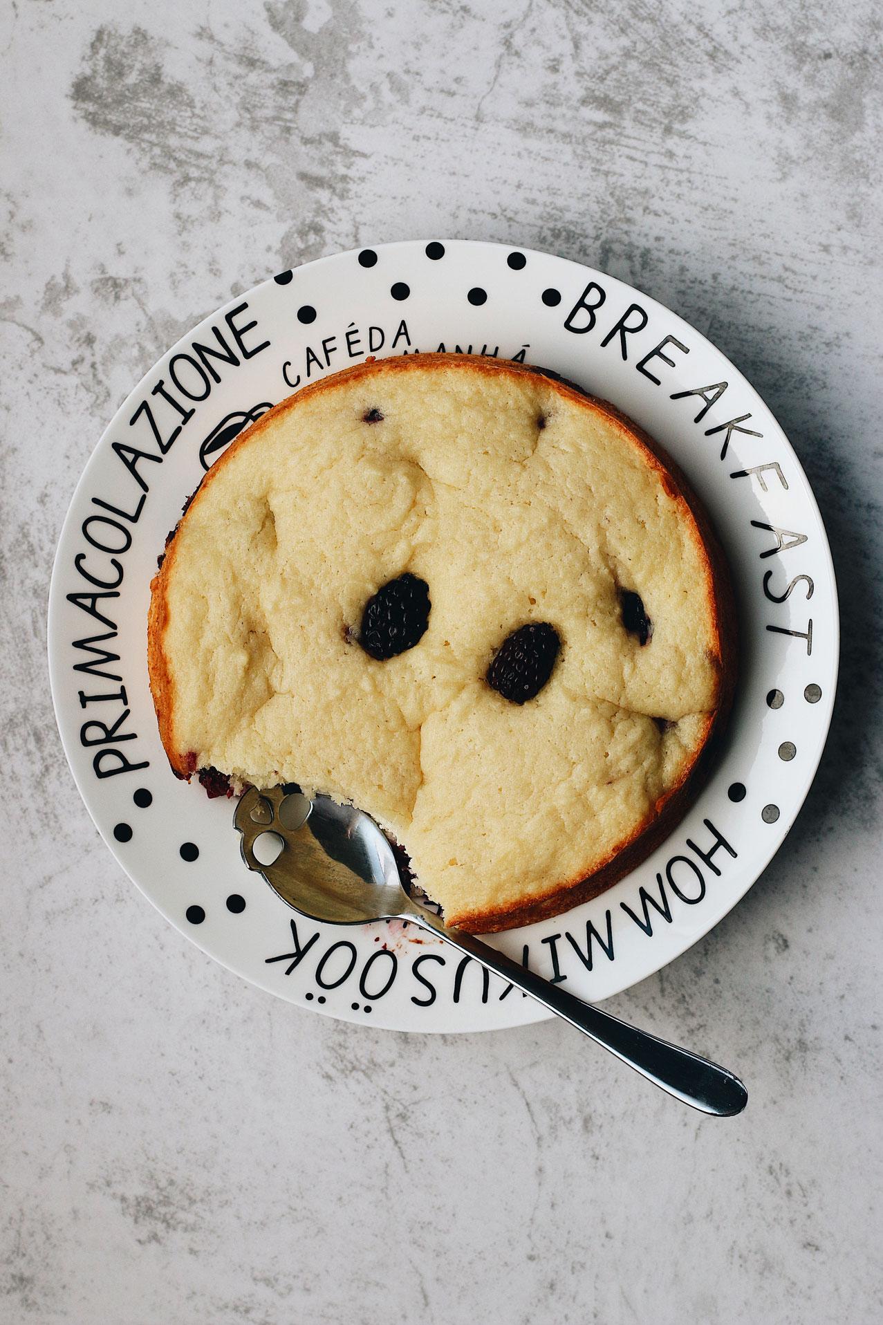 herbakinglab-everyday-blackberry-ricotta-cake